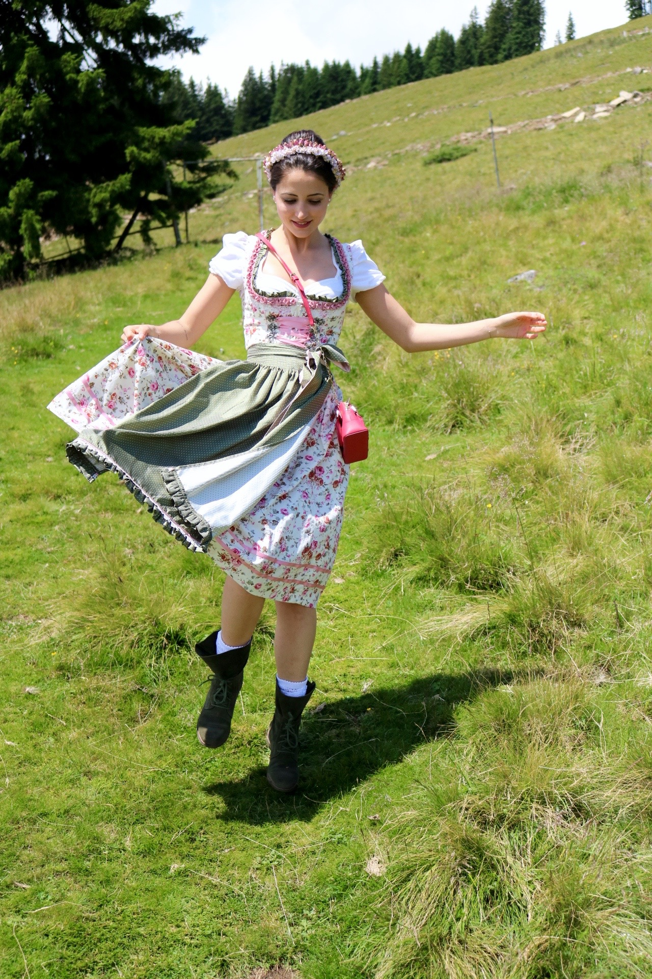 the best attitude 5bb07 e7a19 Dirndl Style-Guide - The Chocolate Suitcase